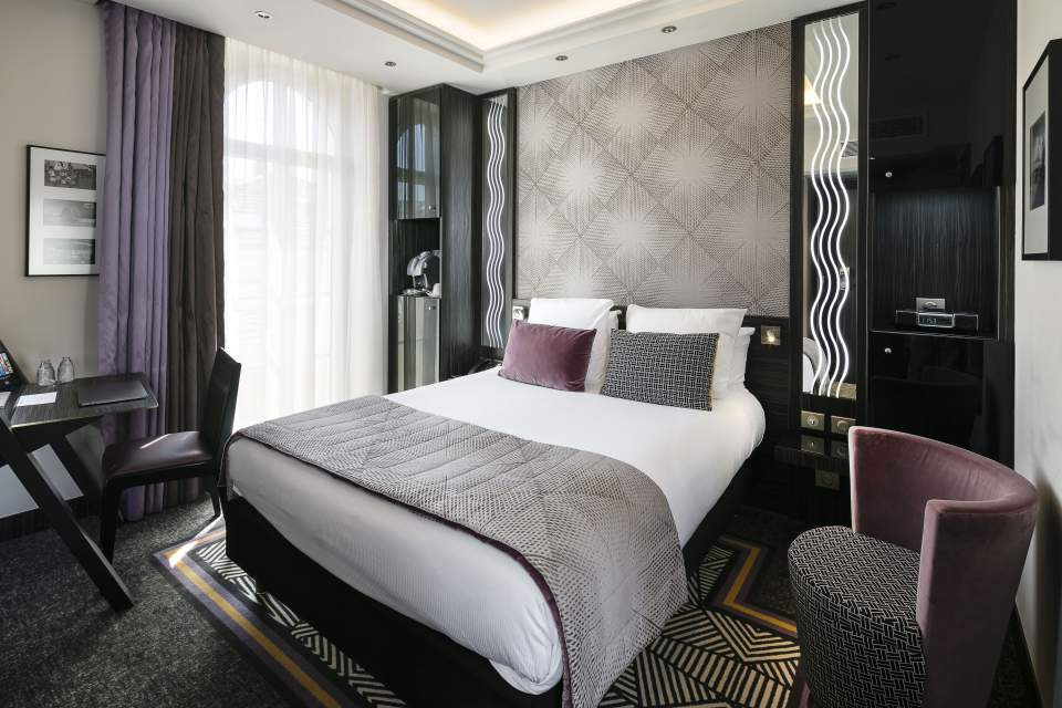 Hotel Le Mondial Cannes Room