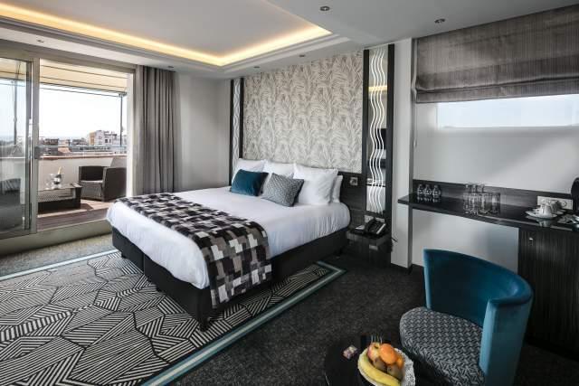 Suite prestige vue mer, Cannes · Hotel Le Mondial